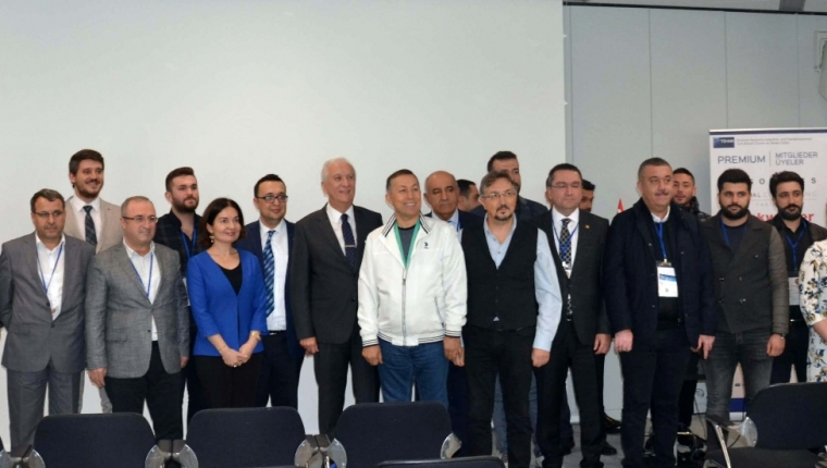 COMMITTEE VISIT FROM GCI TO GERMANY