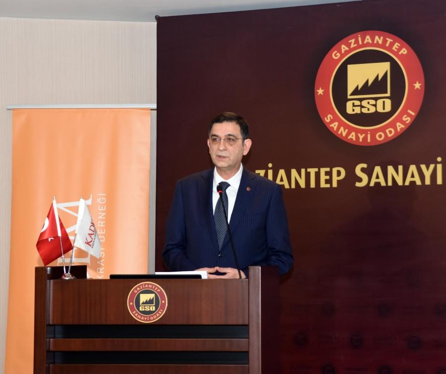 """""""YEREL KALKINMADA KADININ ROLÜ"""" PANELİ"""