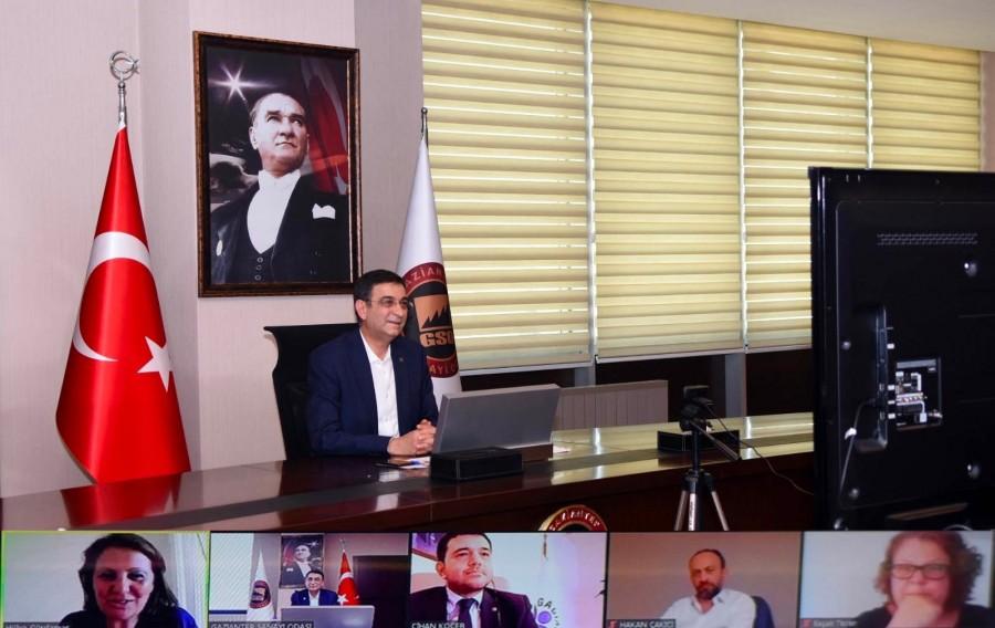 """KURUMSAL PERFORMANSI NASIL ARTIRABİLİRİZ"" KONFERANSI YAPILDI"